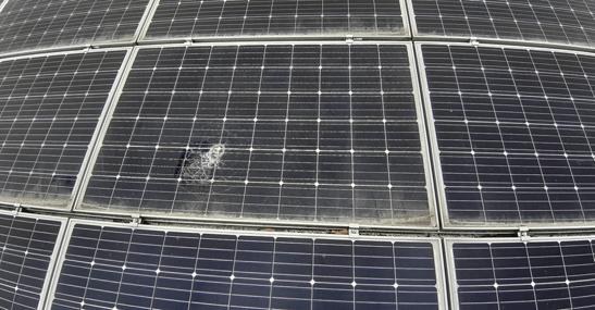 太陽光発電 クラックパネル